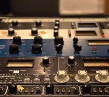 アナログコンプレッサー (UREI、Universal Audio、TUBE-TECH、etc)